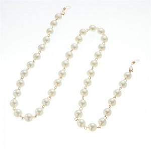 Eyewewar metal chain with pearls in gold CH7572
